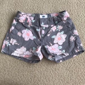 Old Navy Bottoms - Old Navy girls gray floral shorts, Size 8